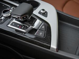 2018款45TFSI 尊贵型 驻车制动器