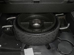 2018款40TFSI S line运动型 备胎