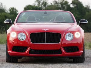 2014款4.0T GT V8 S 敞篷尊贵版   整体外观