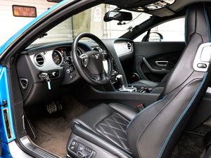 2014款4.0T GT V8 S 标准版 前排空间