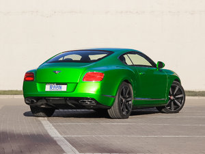 2014款4.0T GT V8 S 尊贵版 整体外观