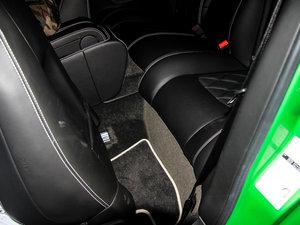 2014款4.0T GT V8 S 尊贵版 后排空间