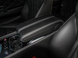 2014款4.0T GT V8 S 尊贵版 前排中央扶手