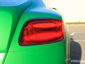 2014款4.0T GT V8 S 尊贵版 尾灯