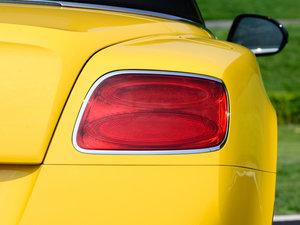 2014款4.0T GT V8 S 敞篷标准版 尾灯