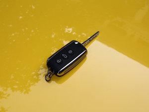 2014款4.0T GT V8 S 敞篷标准版 钥匙