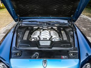 2017款6.8T EWB 发动机