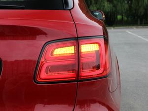 2018款4.0T V8 尾灯