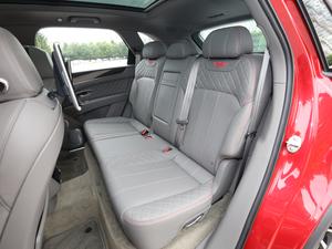 2018款4.0T V8 后排座椅