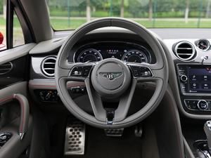 2018款4.0T V8 方向盘