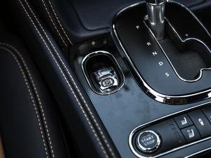 2017款V8 S Mulliner 驻车制动器