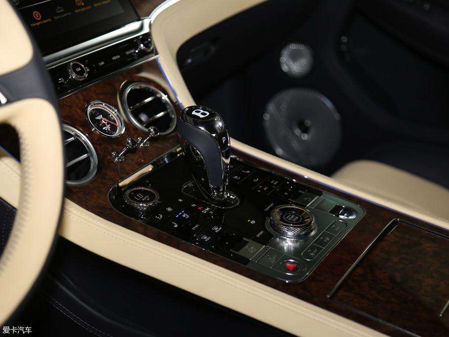 2018款欧陆6.0T GT W12