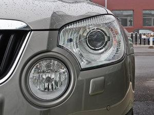 2013款1.8T 尊贵版 头灯