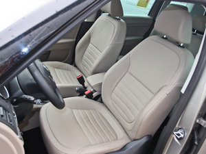 2013款1.8T 尊贵版 前排座椅