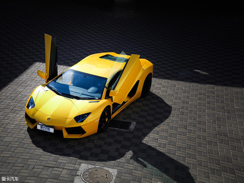 兰博基尼2011款Aventador
