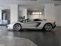 整体外观Aventador 纯侧