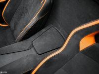 空間座椅Aventador前排中央扶手