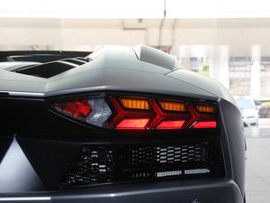 2018款Aventador S Roadster 尾灯