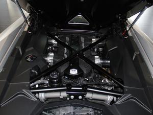 2018款Aventador S Roadster 发动机