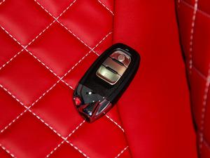 2018款Aventador S Roadster 钥匙