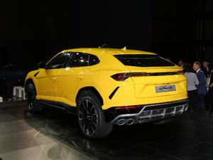 2018款4.0T V8 后侧45度