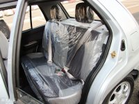 空间座椅夏利两厢后排座椅