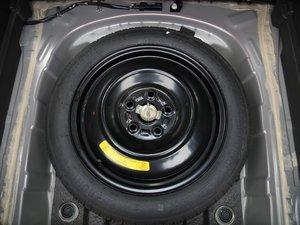 2017款1.8L 自动尊贵型 备胎