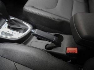 2017款1.8L 自动尊贵型 驻车制动器