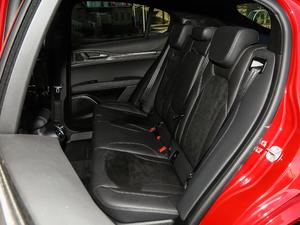 2018款510HP 四叶草版 后排座椅