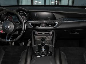 2018款510HP 四叶草版 中控台