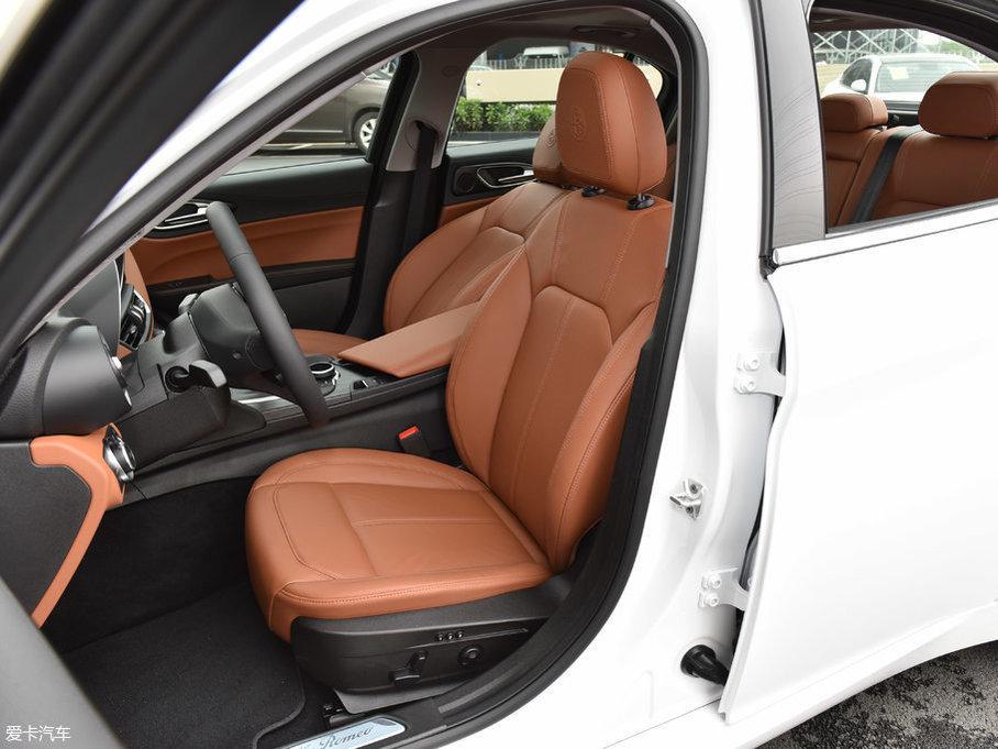 2017款Giulia200HP 豪华版