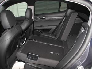 2017款200HP 精英版 后排座椅放倒