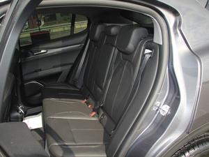 2017款200HP 精英版 后排座椅