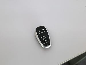 2017款280HP 豪华版 钥匙