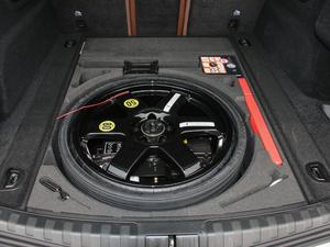 2017款200HP 豪华版 备胎