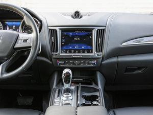 2016款3.0T 标准型 中控台