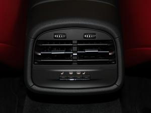 2018款3.0T 430Hp 运动版 中控区