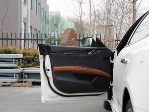 2018款3.0T 430Hp 豪华版 驾驶位车门