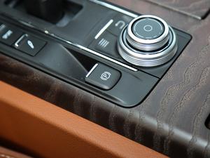 2018款3.0T 430Hp 豪华版 驻车制动器
