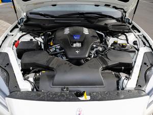 2018款3.0T 430Hp 豪华版 发动机