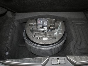 2018款3.0T 430Hp 豪华版 备胎