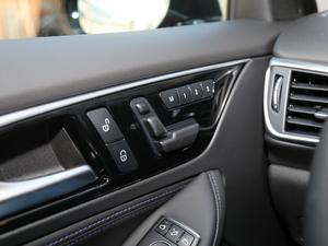 2018款1.6T 两驱极限版 座椅调节