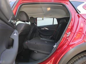 2018款1.6T 两驱极限版 后排座椅放倒