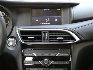 2018款1.6T 两驱极限版 空调出风口