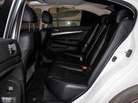 空间座椅英菲尼迪G系后排空间