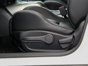 2014款1.6T 率动版 座椅调节