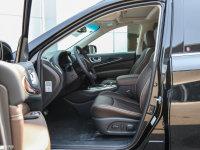 空间座椅英菲尼迪QX60前排空间