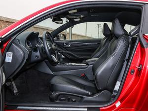 2017款S 2.0T 豪华运动版 前排空间