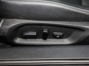 2017款S 2.0T 豪华运动版 座椅调节