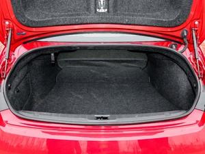 2017款S 2.0T 豪华运动版 后排座椅放倒